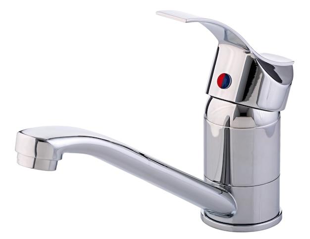 Mikser zimnej ciepłej wody. nowoczesna łazienka z kranem. bateria kuchenna . na białym tle biały. widok z boku.