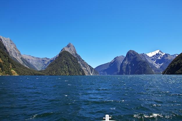 Milford sound fjord w nowej zelandii