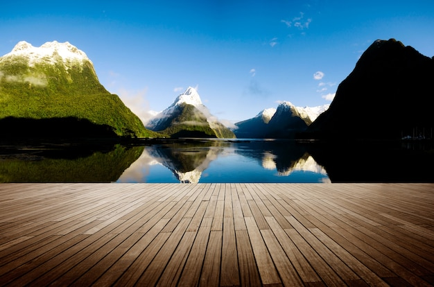 Milford sound nowa zelandia travel destination concept