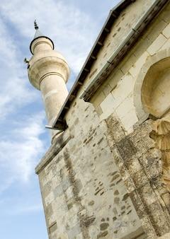 Minaret meczetu. krym, ukraina