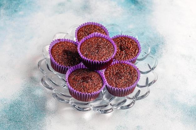 Mini babeczki z czekoladą sufle