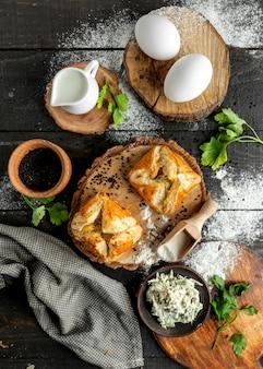 Mini zapiekanka z parą jajek