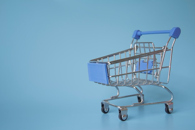Miniaturowy wózek na zakupy