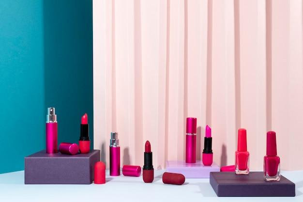 Minimalna kompozycja kosmetyków