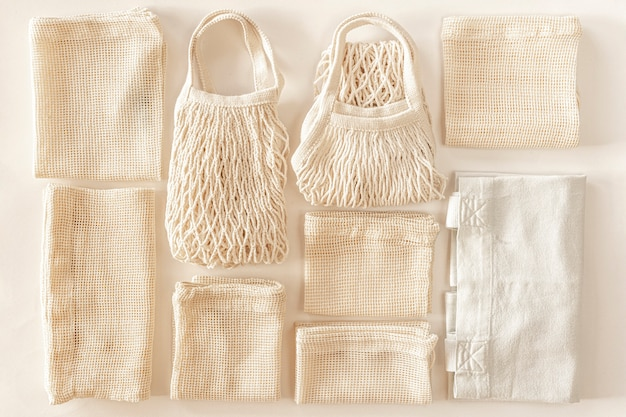 Minimalny skład zero waste z workami do przechowywania