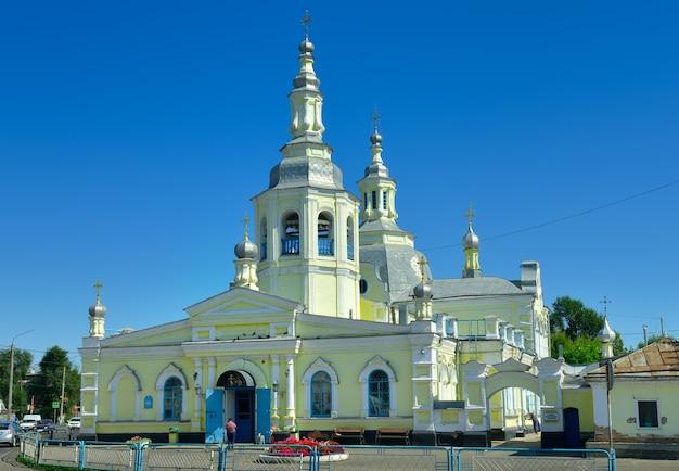 Minusinsk syberia rosja09012021 cerkiew w stylu syberyjskiego baroku