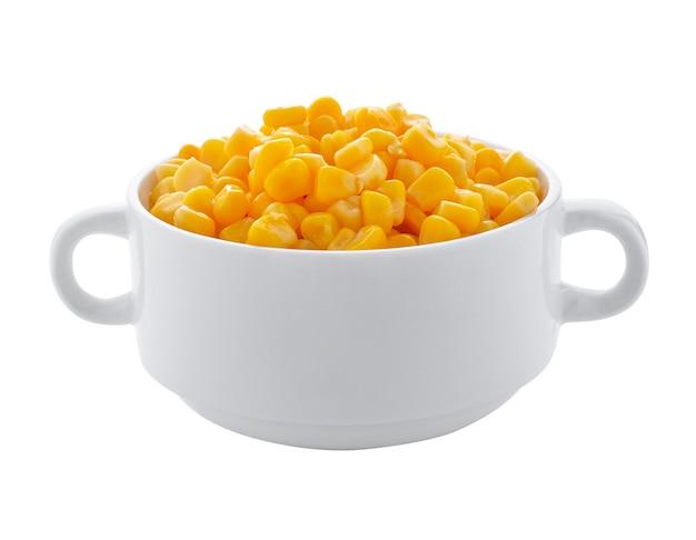Miska kukurydzy na białym tle