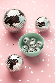 Miska w układzie disco globusy