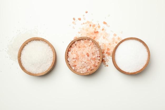 Miski drewniane z solą