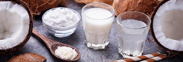 Mleko kokosowe, woda, olej i wióry.