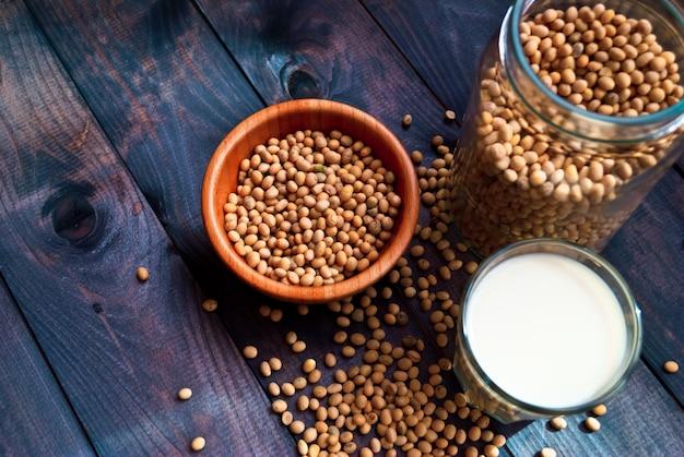 Mleko sojowe i fasolę