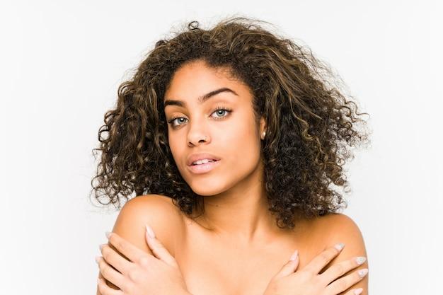 Młoda amerykanin afrykańskiego pochodzenia kobiety twarz