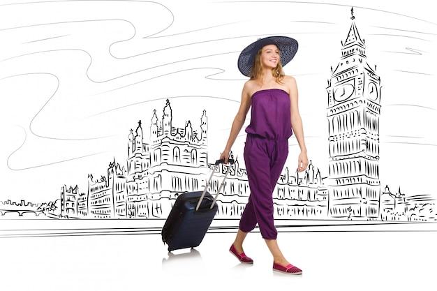 Młoda kobieta podróżuje do londynu w wielkiej brytanii