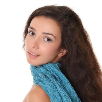 Młoda kobieta - zbliżenie piękna twarz