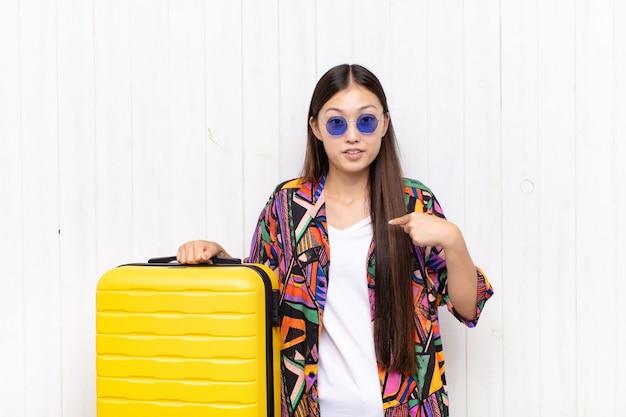 Młoda piękna chińska turystka