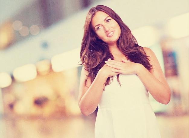 Młoda piękna kobieta w miłości