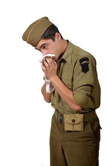 Młody amerykański żołnierz zimno