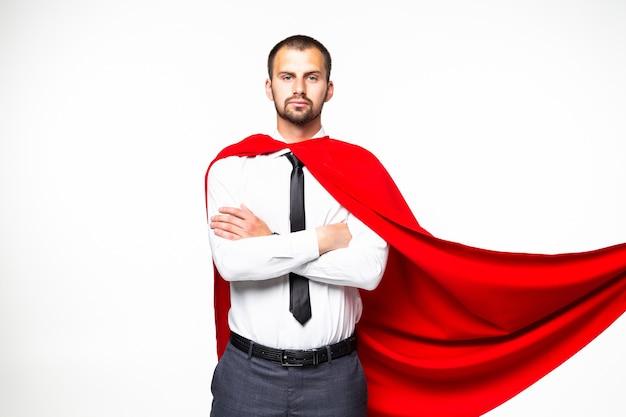 Młody biznesmen superman na białym tle na białym tle