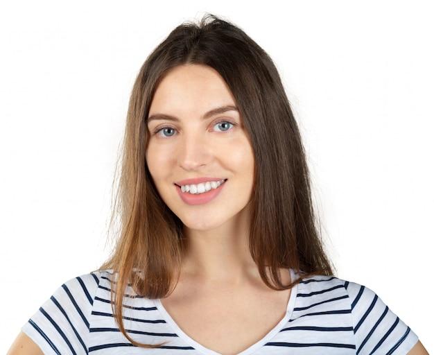 Młody caucasian piękny kobieta portret odizolowywający na białym tle