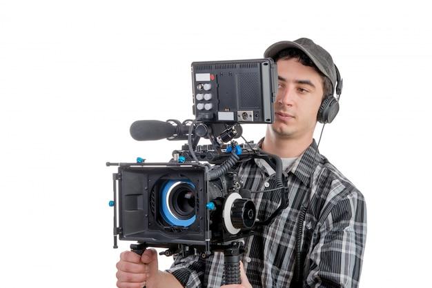 Młody kamerzysta z kamerą