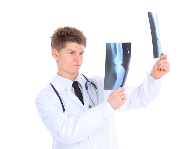 Młody lekarz ze stetoskopem