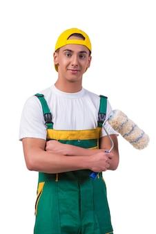 Młody malarz repairman z rolownikiem odizolowywającym na bielu