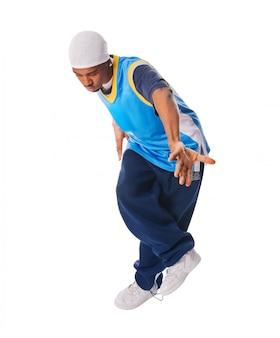 Młody tancerz hip hop na białym tle