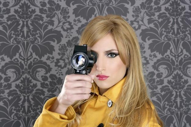 Moda super 8mm kamera reporter kobieta vintage