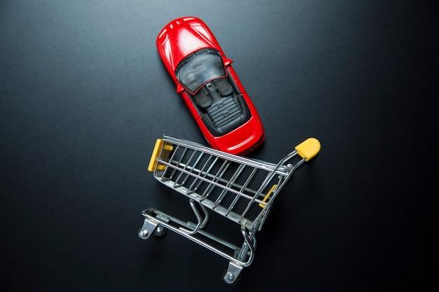 Model samochodu z koszem
