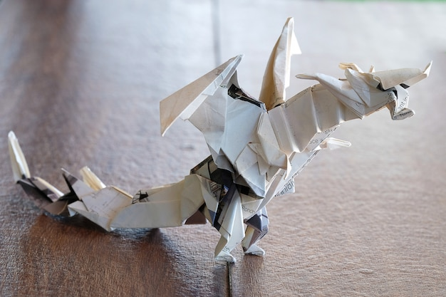 Modelowy smok origami