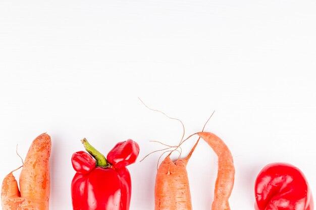 Modne brzydkie warzywa z mutacjami, koncepcja zerowej produkcji odpadów w żywności