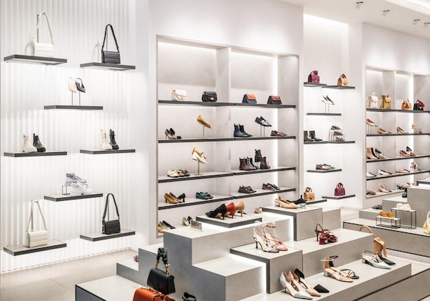 Modny sklep z butami damskimi