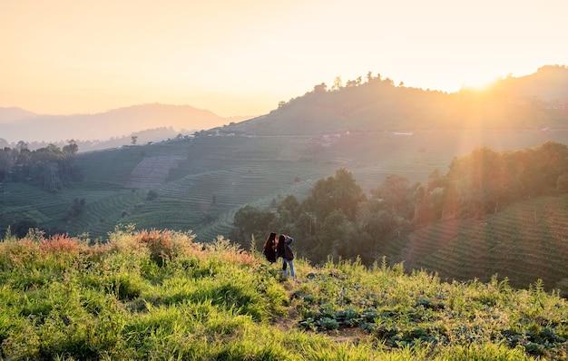 Mon cham, mon jam, krajobraz na wzgórzu o zachodzie słońca w chiang mai