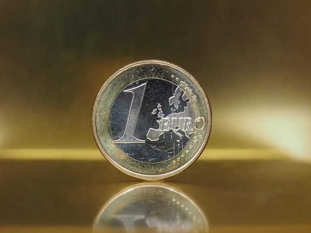 Moneta 1 euro, unia europejska na złotym tle