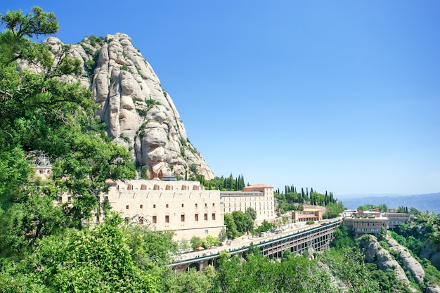 Montserrat, hiszpania. klasztor montserrat w hiszpanii.