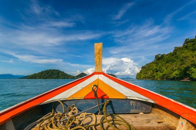 Morze andamańskie w phuket, tajlandia