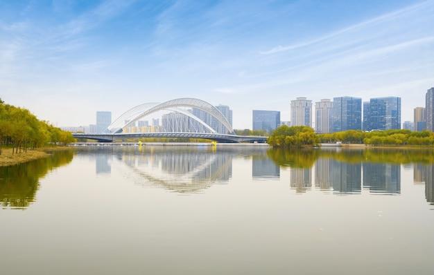 Mosty i miejska panorama w taiyuan