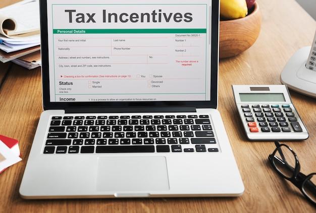 Motywacja Podatkowa Korzyści Z Audytu Płatność Gotówkowa Dochód Koncepcja Premium Zdjęcia