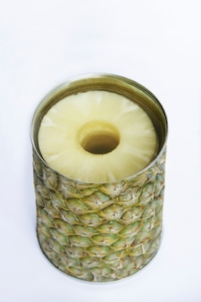 Może z ananasem pokrytym w stylu ananasa