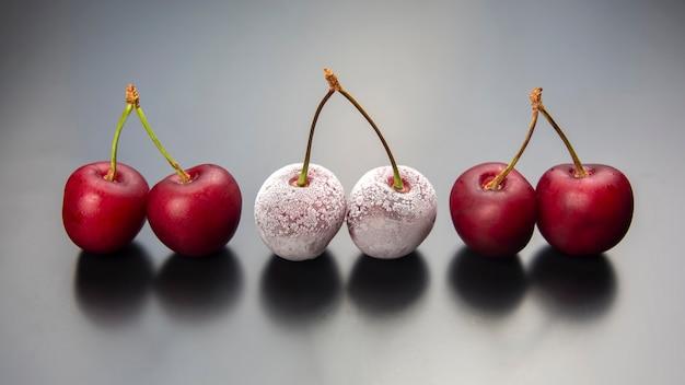 Mrożona jagoda wiśniowa. owoce i witaminy.