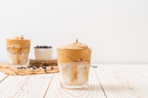 Mrożona kawa dalgona