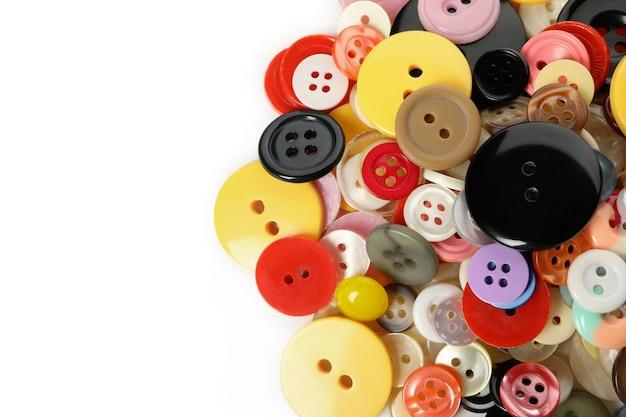 Multi kolorowe przyciski na białym tle