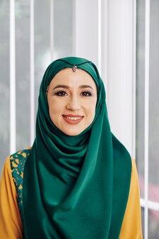 Muzułmanka w tradycyjnym hidżabie