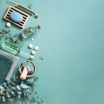 Mydło, Eukaliptus, Ręczniki, Pędzel Do Masażu, Sól, Olejek Aromatyczny Premium Zdjęcia