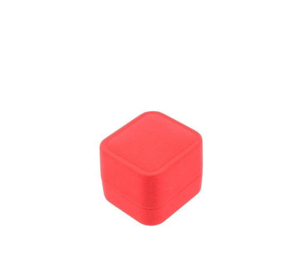 Na białym tle puste czerwone pudełko na białym tle