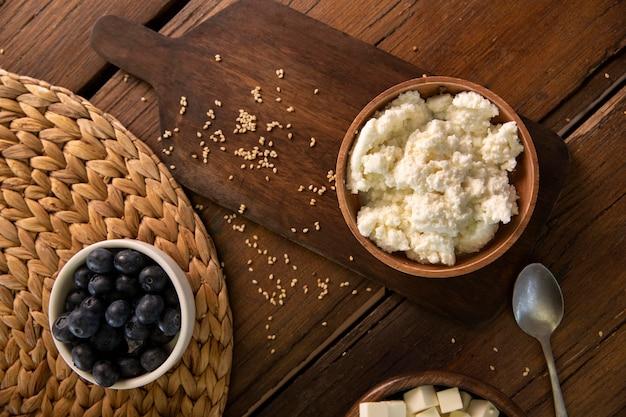 Nad miską widokową z pysznym serem