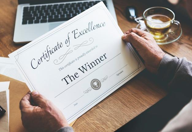 Nagroda certyfikat nagroda dokument sukces concept