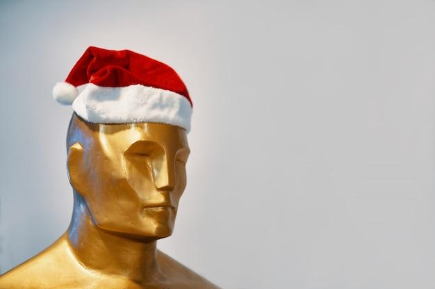 Nagroda w czapce świątecznej.