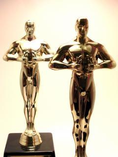 Nagrody trofeum, pochwały