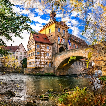 Najlepsze z niemiec. piękne miasto bamberg w bawarii